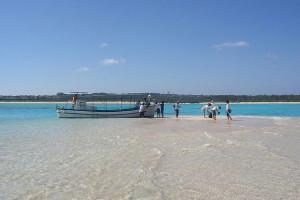 与論島の百合が浜の写真(wikipediaより)