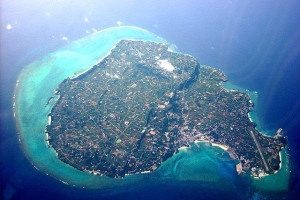 与論島の航空写真(wikipediaより)